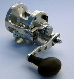 Multirolle Avet MXJ 5.8 LH- Linkshand Silber