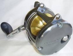 Shimano Tyrnos 20 LBS Multirolle mit Schiebebremse